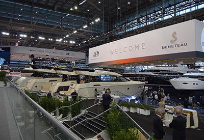 Beneteau Display