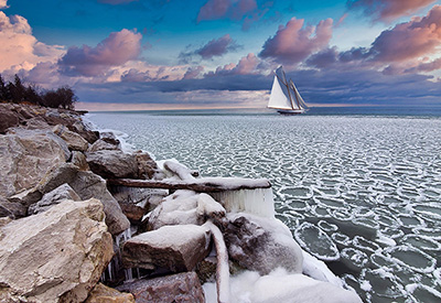 Ice on lake Ontario