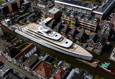 Dutch Yacht