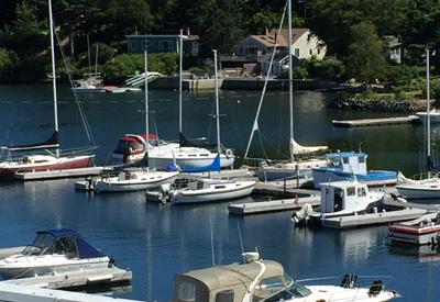 Power Sail Marina