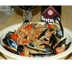 Bacon and Beer Steamed Mussels