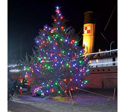 SS Keewatin Tree Lighting