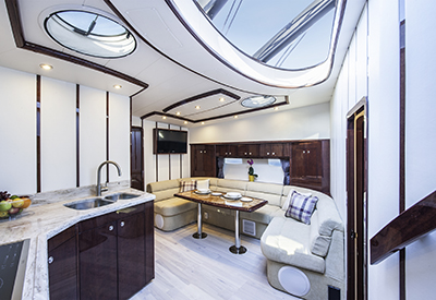 Neptunus 55 Express galley