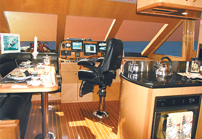 Altima 60 Pilothouse - Interior