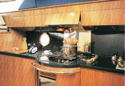Azimut 50 - Galley
