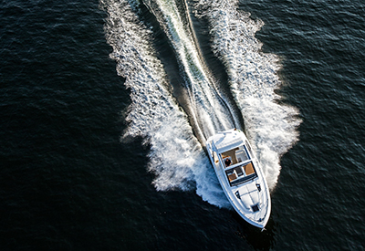 Cruisers Yachts 390 Express Coupe Overhead