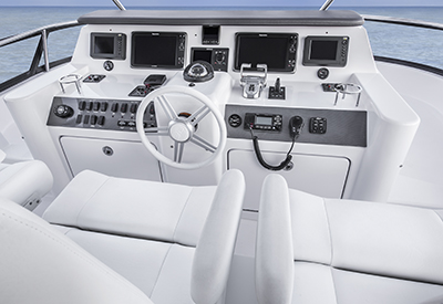 Neptunus 625 - flying bridge helm