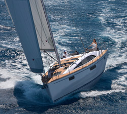 images/stories/boat-review/sail/Bavaria-Vision42-02.jpg