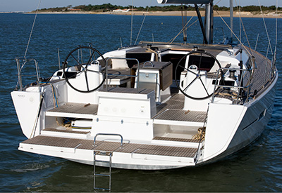 Dufour 500 - transom